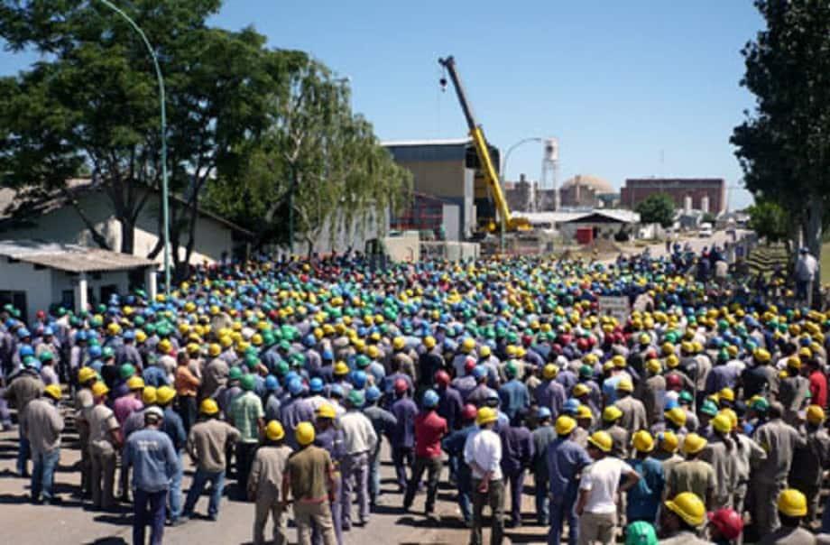 El Gobierno no intervino y finalmente despidieron a 2000 trabajadores en Zárate