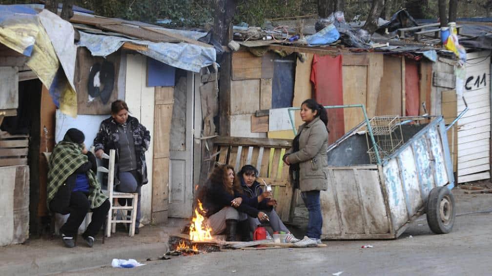 Se conoció hoy el indice de pobreza: el 40,8 % de les argentines es pobre