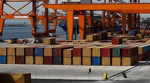 La  importación de ropa aumentó un 53 % en cuatro meses