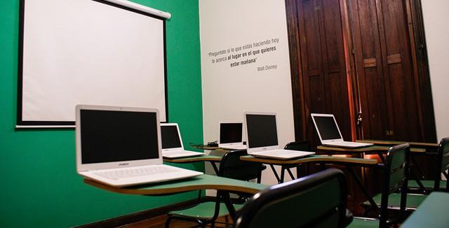 Se amplía la oferta académica universitaria en Ituzaingó