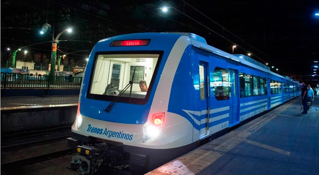Firmá el petitorio para restablecer el servicio nocturno del tren Sarmiento