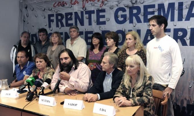 Los docentes bonaerenses rechazaron la oferta del 18 % de aumento