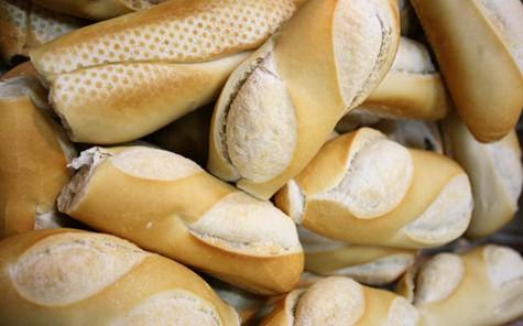 Desde hoy el kilo de pan costará 50 pesos
