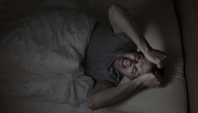 ¿Sabes qué es la parálisis del sueño?