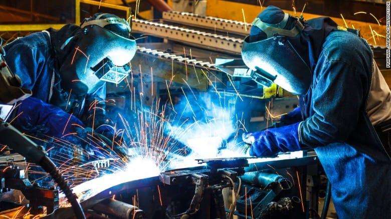 La industria volvió a crecer después de 15 meses en baja
