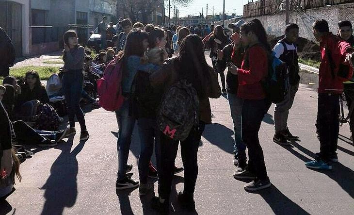 Por las amenazas de bomba, hoy Ituzaingó fue un caos