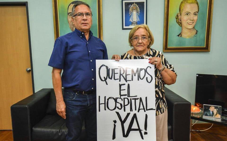 El Intendente Descalzo se suma a la marcha de los jubilados para que abran el Hospital de Bicentenario