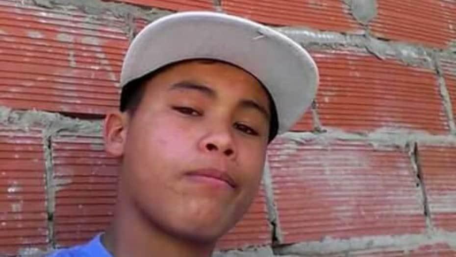 Oficial del grupo Halcón mata por la espalda a un joven de 17 años totalmente desarmado