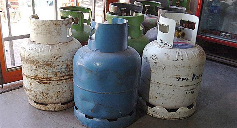 Aumentan el gas envasado: en Udaondo una garrafa de 10 kilos podrá costar hasta 350 pesos