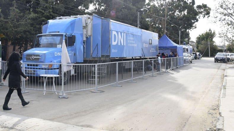 El camión para tramitar el DNI estará en Villa Udaondo desde este sábado hasta el lunes