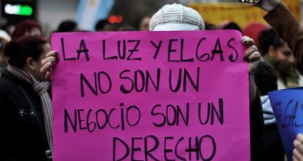Marcharon con velas encendidas contra el aumento de tarifas — Buenos Aires