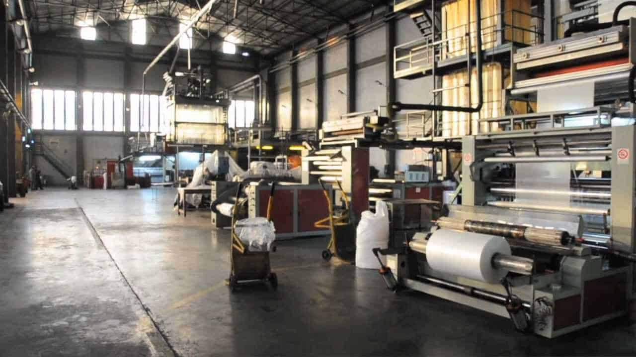 Por el tarifazo, Edesur le cortará la luz a una fábrica recuperada y dejará en la calle a más de 100 operarios