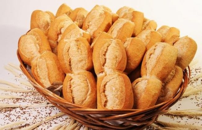 Por un acuerdo con el Municipio, el kilo de pan en Hurlingham se vende a 30 pesos