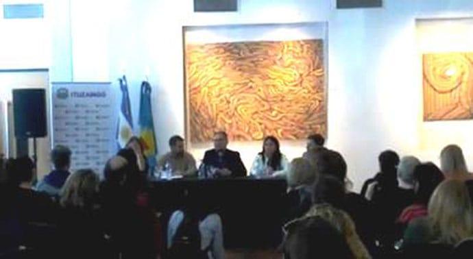 Detalles de la reunión entre el intendente y la toda la comunidad educativa de Ituzaingó