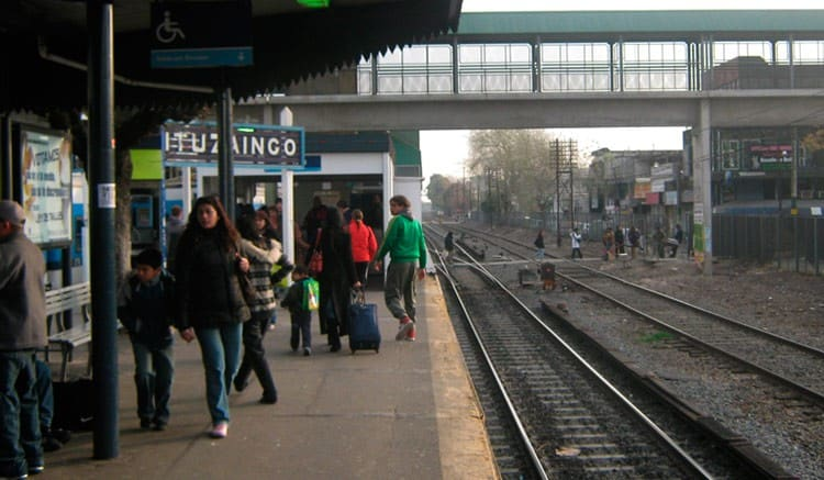 Desde mañana solo se podrá viajar en el Sarmiento con reserva de asiento