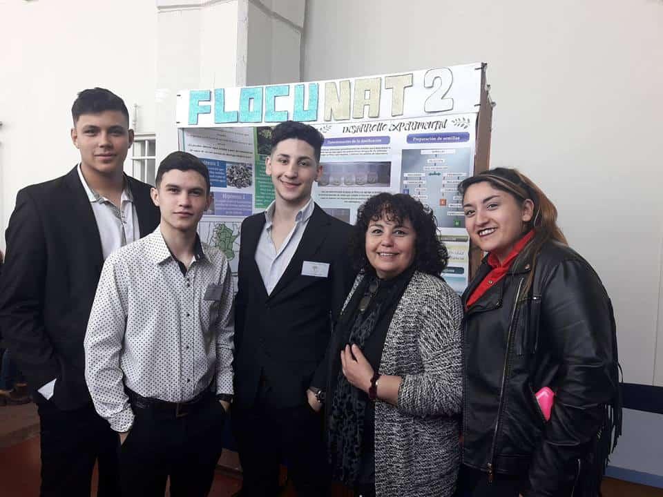 Alumnos de la Técnica 1 de Ituzaingó premiados por un proyecto de potabilización de agua con semillas de Moringa