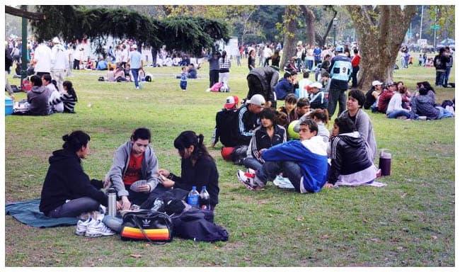 En Ituzaingó se festeja el día de la Primavera y del Estudiante