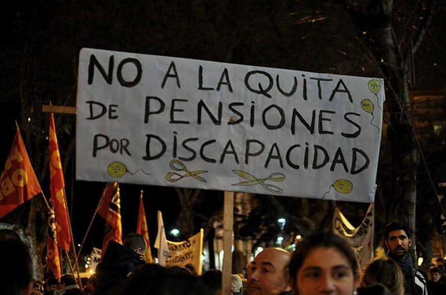 La Justicia ordenó restituir las pensiones por invalidez que el gobierno había quitado