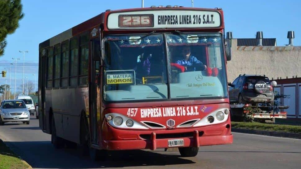 Mañana aumenta el transporte, el boleto mínimo de colectivos sube a $ 12 pesos. En dos años y medio ya aumentó el 400 %