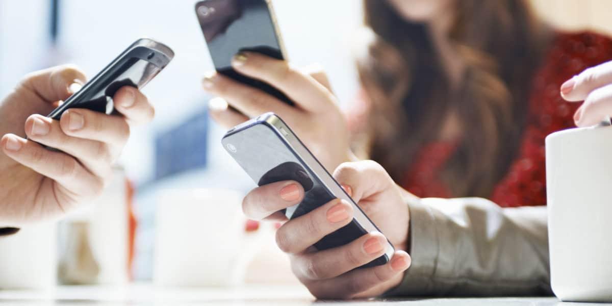 El jueves bloquearán las líneas de celulares no registradas