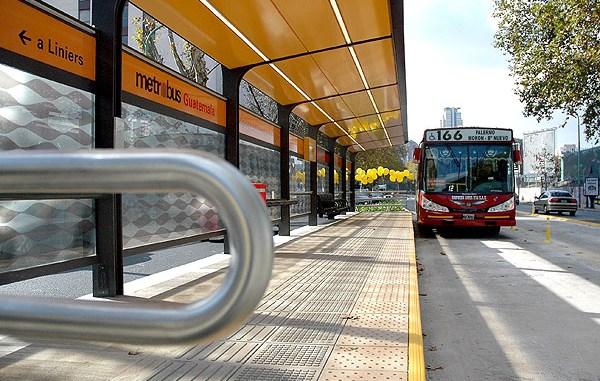 El Metrobús llegó a Morón y ya hay polémica