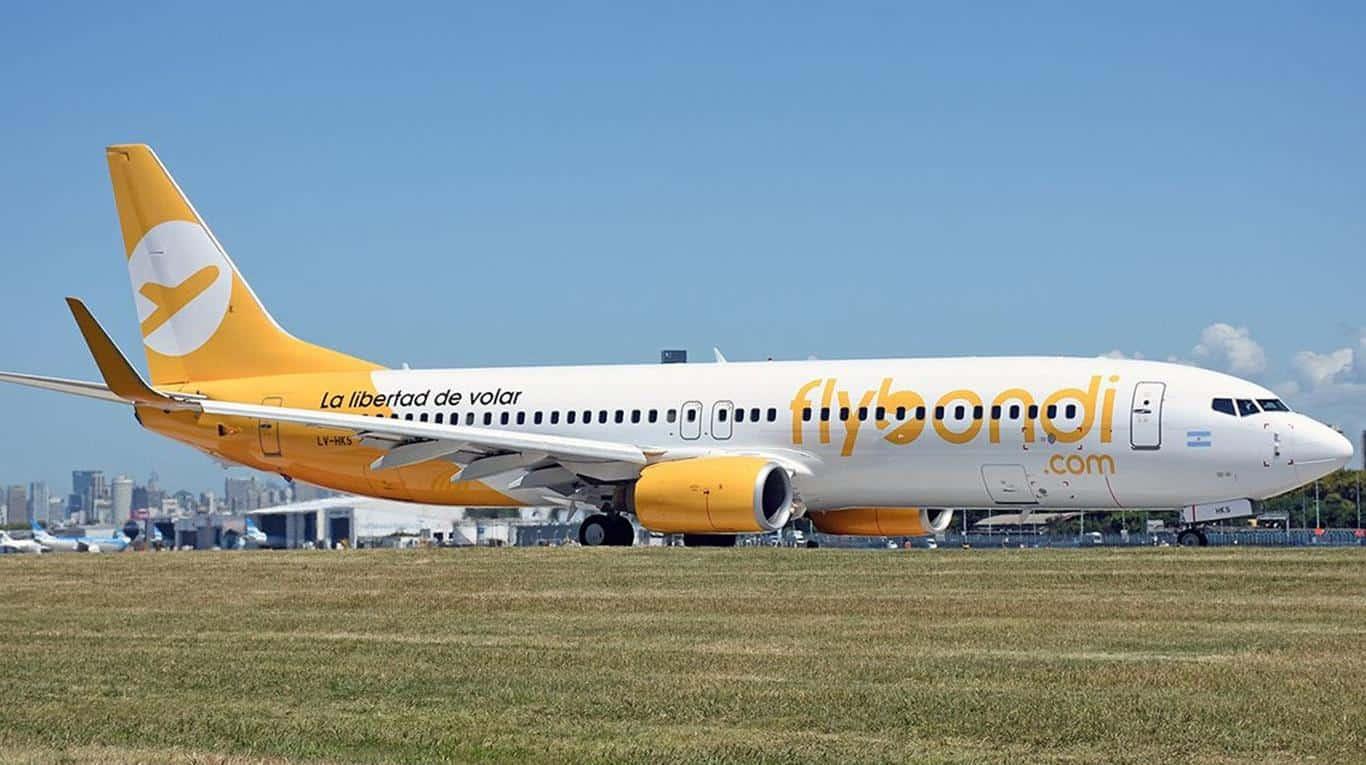 Aterrizaje de emergencia de un avión de flybondi