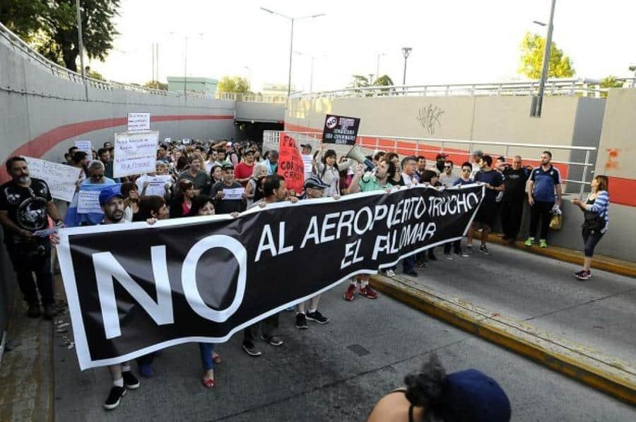 Flybondi: vecinos de varios municipios pidieron la clausura del aeropuerto de El Palomar ante la Corte Suprema