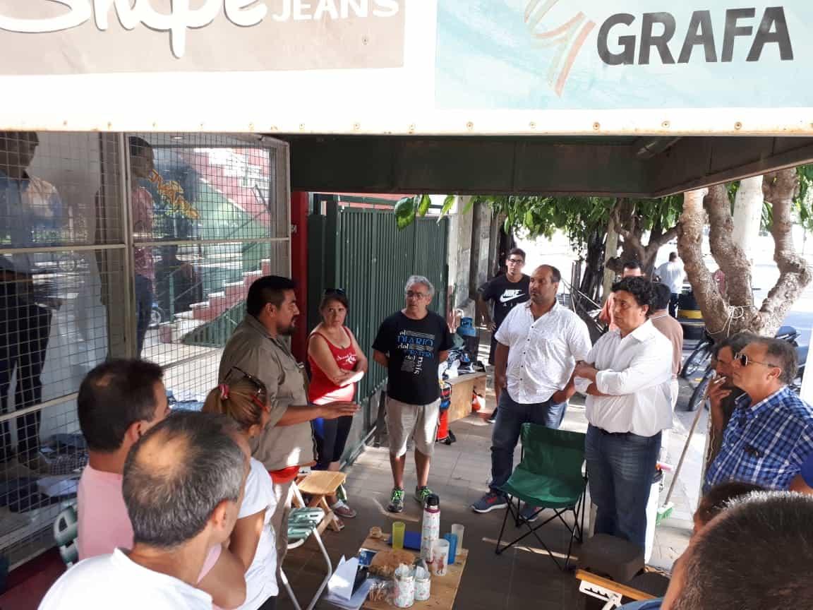 Quebró Confecciones Riojanas y dejó a 80 familias en la calle
