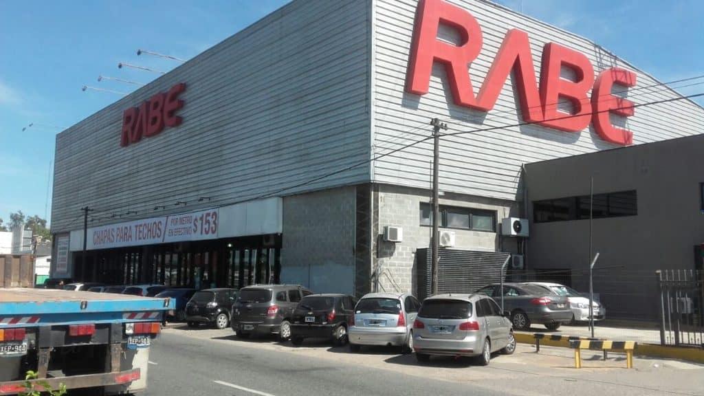 Crisis social sin fondo: Rabe despide a 37 trabajadores en Moreno y se agudizan las protestas