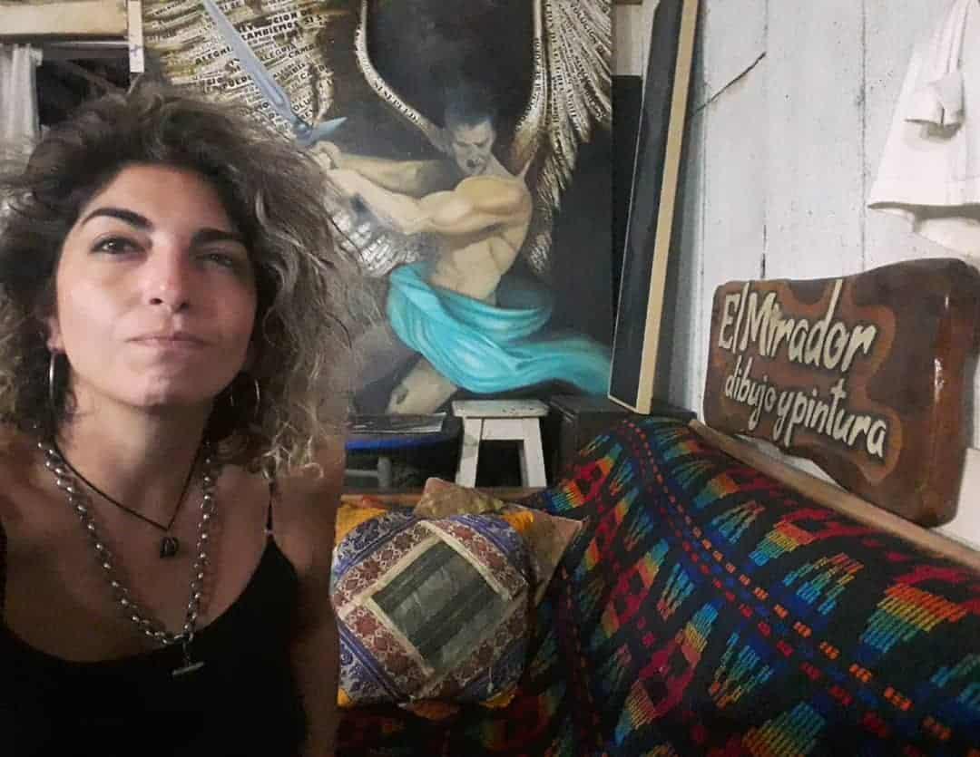 """Muestra """"Oíd Mortales"""", de Nora Basilio en Ituzaingó: """"Soy de los artistas que necesita decir, no sirvo para decorar el living"""""""