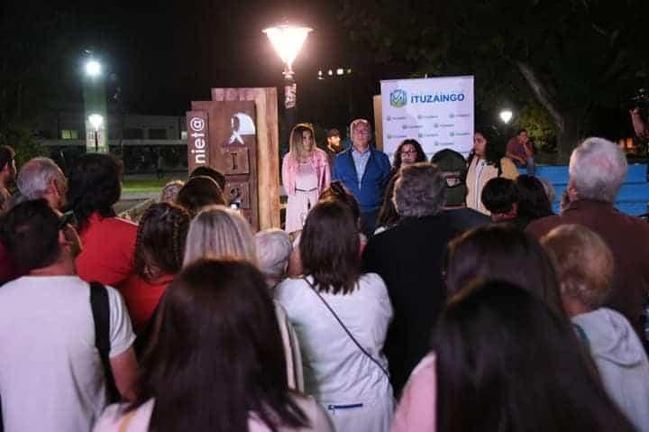 """Ituzaingó: Se olvidaron de """"un detalle"""" en la inauguración del monumento Cuenta Nietos"""