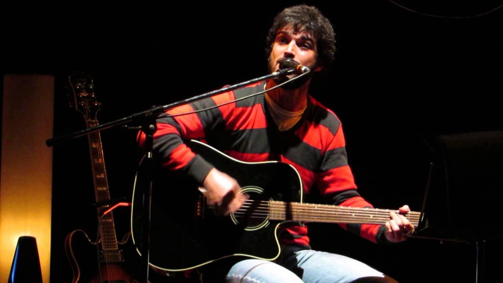 Fuego Oeste inaugura un ciclo de charlas con la presencia de Ale Kurz, cantante de El Bordo