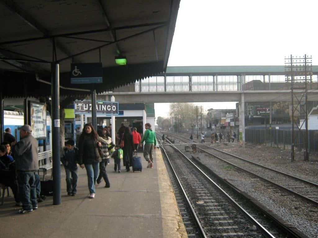 Violencia de género contra una trabajadora del ferrocarril Sarmiento en la Estación Ituzaingó y Castelar