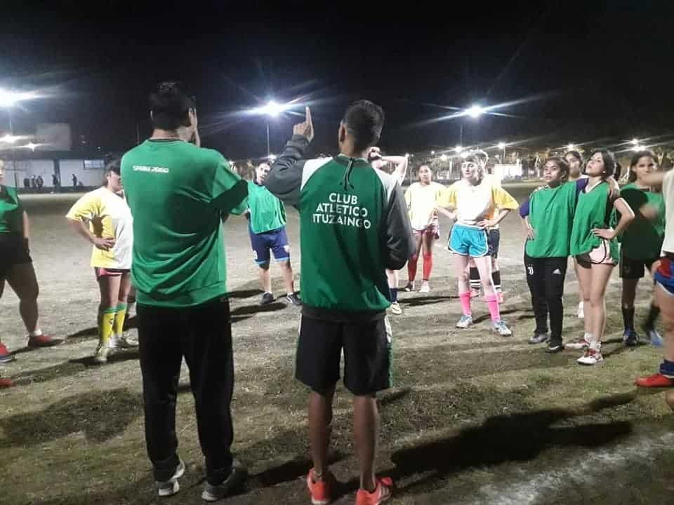 Ituzaingó: Las pibas ya tienen su equipo y el fútbol femenino promete ser una pasión