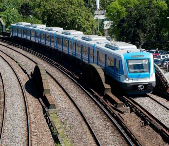 Trabajadores ferroviarios se suman al paro y no habrá servicio en el Sarmiento el 30 de abril y 1 de mayo