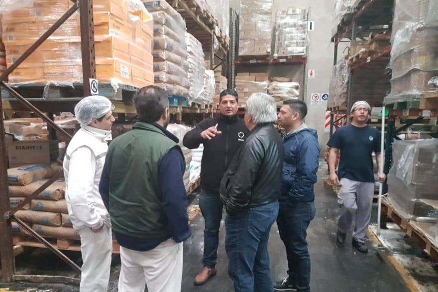 Ituzaingó: Panificadora de Jumbo usa materia prima vencida para elaborar sus productos