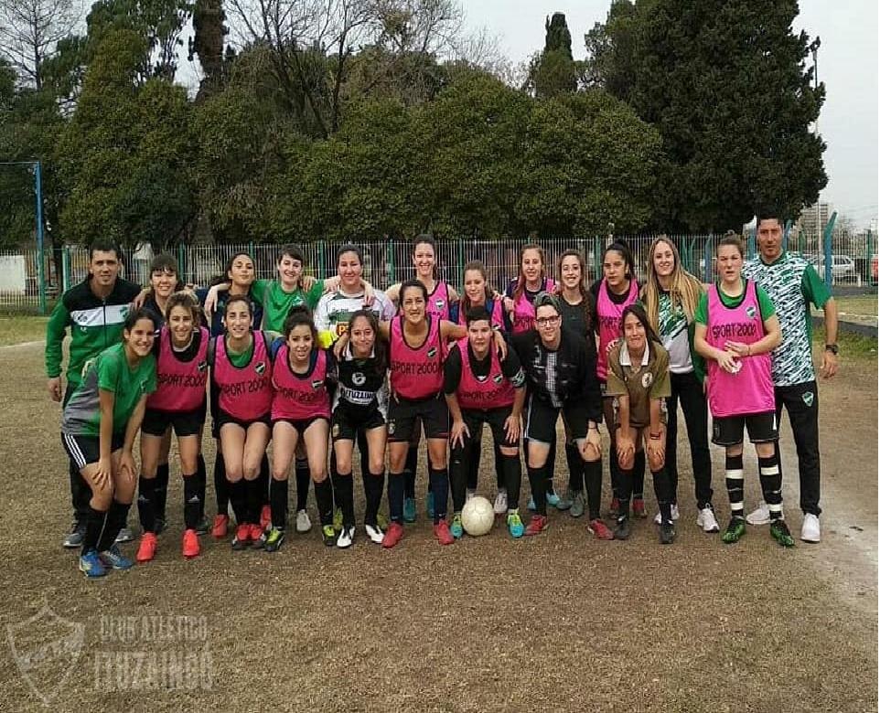 Fútbol Femenino: Las leonas avanzan en la puesta a punto para el inicio del campeonato