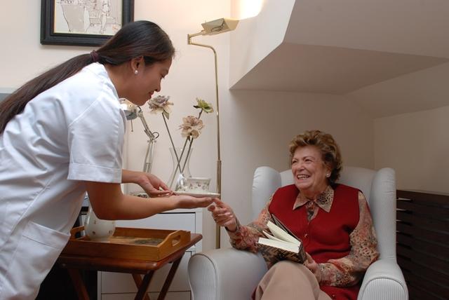 Ituzaingó: búsqueda laboral para Cuidadora de personas mayores