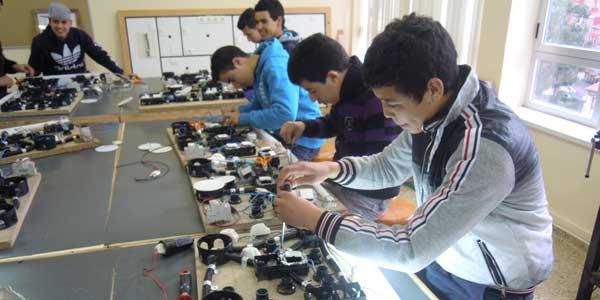 Se abrió la inscripción para el curso gratuito de Electricidad en Villa Udaondo