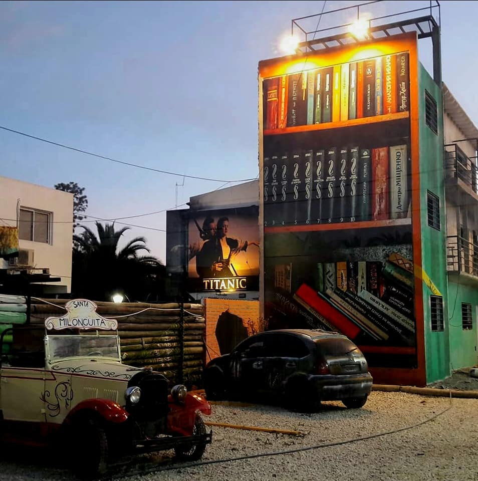 Ituzaingó: arquitectura urbana con homenajes a Atahualpa Yupanqui y a Johny Tolengo