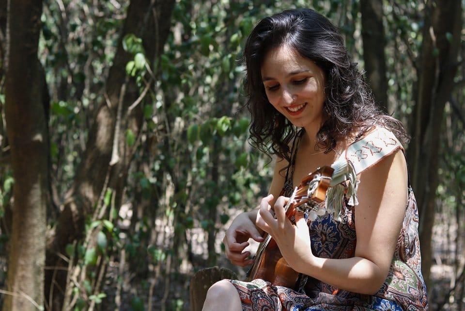 Nota a Caro Tapia, cantautora de Castelar