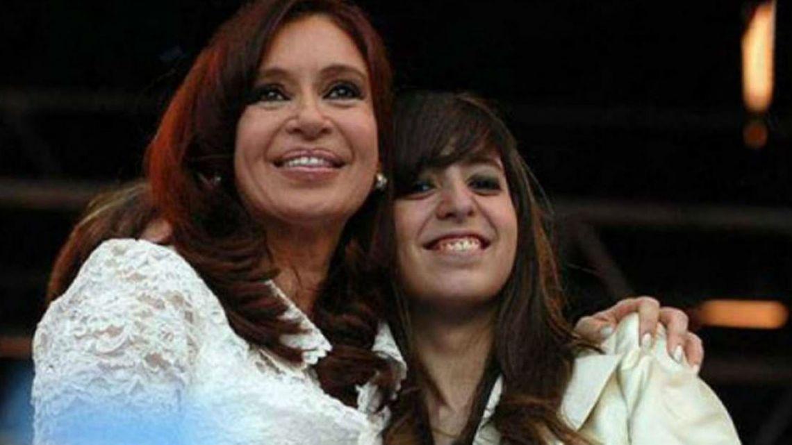 Cristina viaja a Cuba y se suspende la presentación del libro en La Matanza
