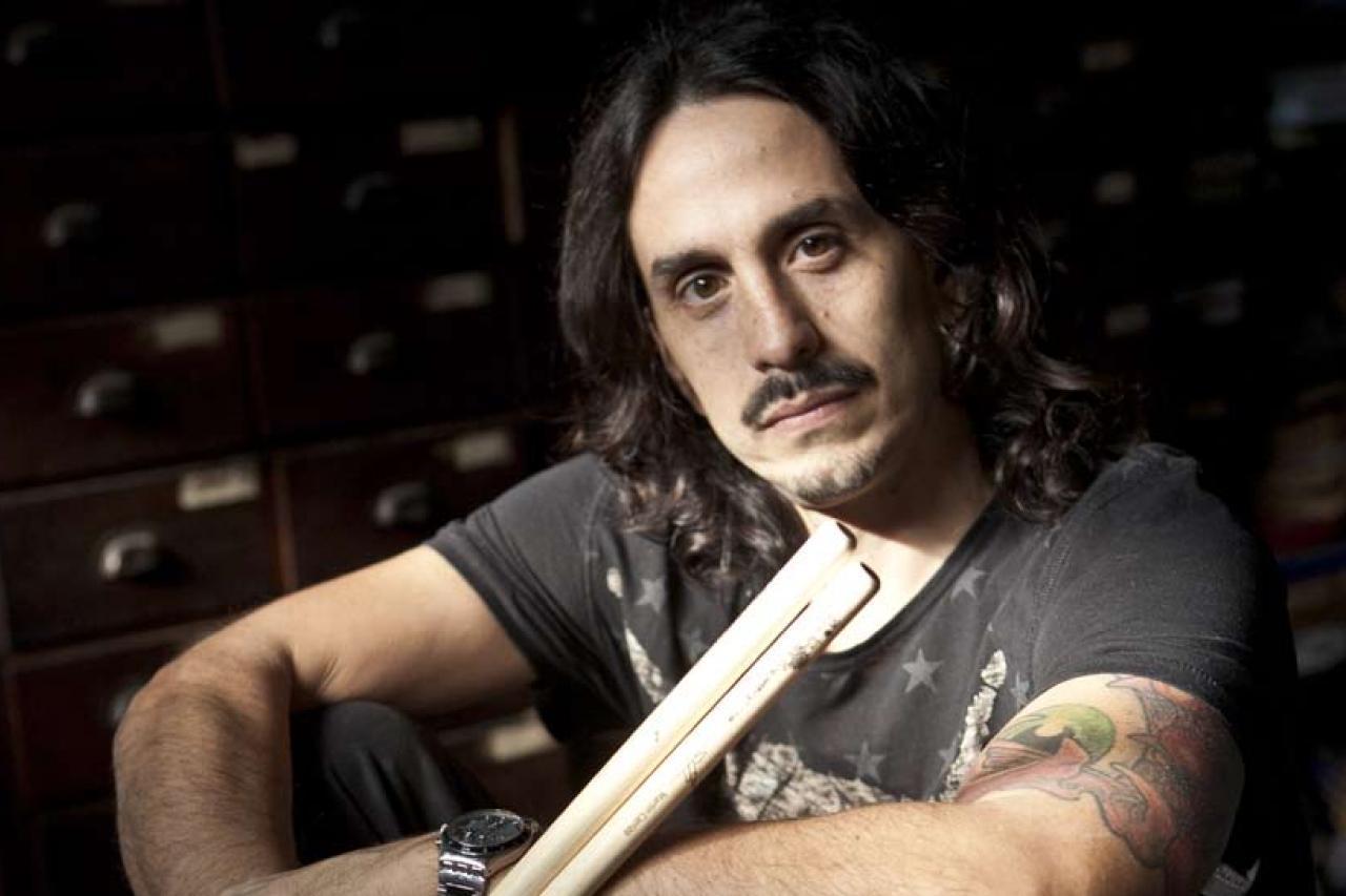 Martín Carrizo el baterista del Indio Solari necesita de tu ayuda
