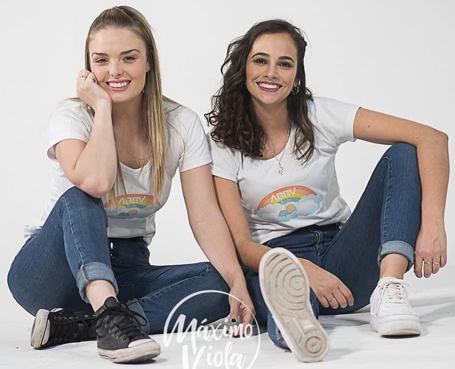 """ABBY presenta su nuevo single """"Arcoíris"""" con Ft. Flor Otero"""