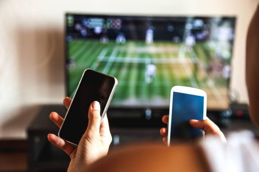 El gobierno congeló las tarifas de celulares, internet y TV por cable hasta el 31 de agosto