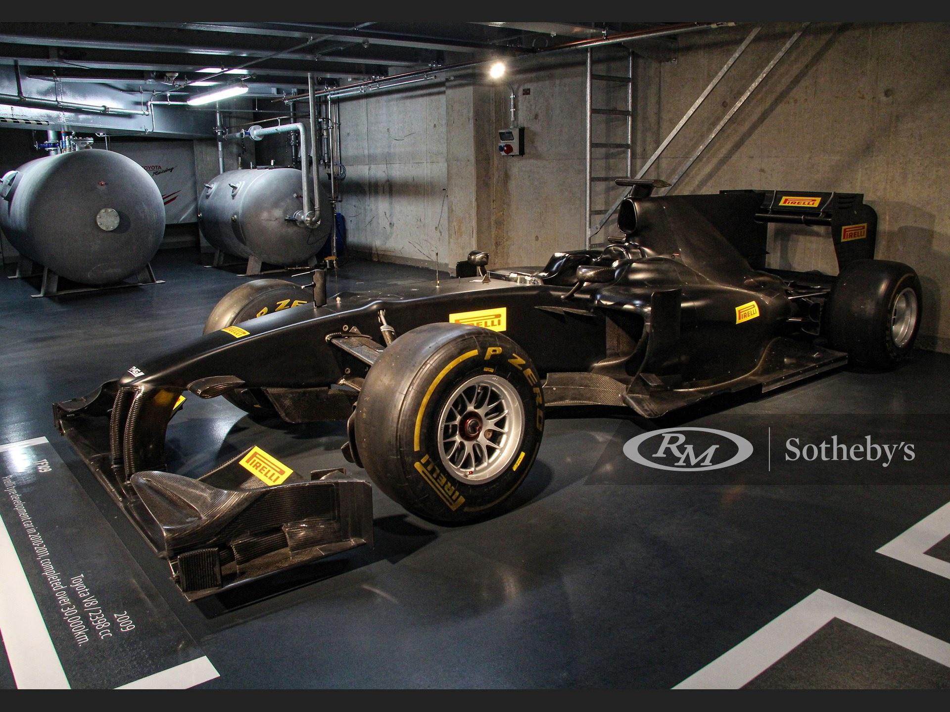Una marca de autos dona su último F1 para la Cruz Roja