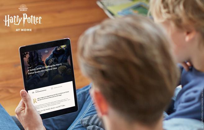 """J.K. Rowling lanzó """"Harry Potter At Home"""", una plataforma con actividades gratuitas para la cuarentena"""