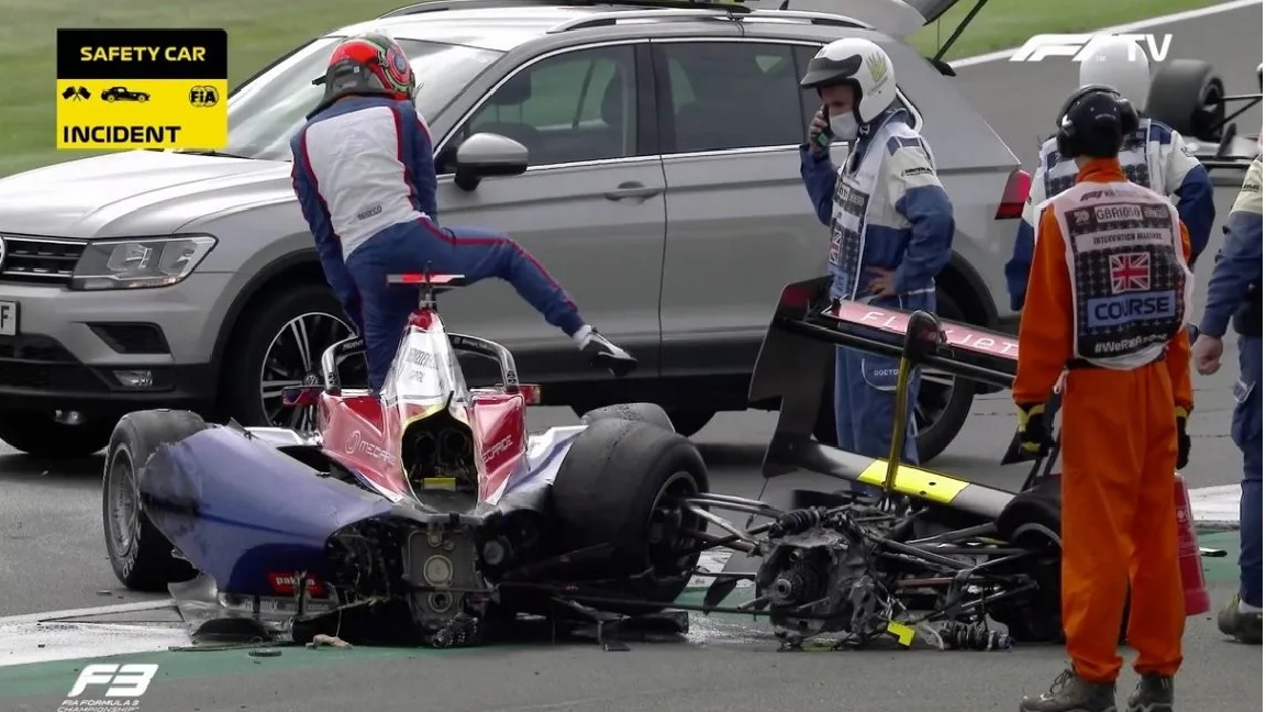 Fórmula 3: Tremendo golpe en Silverstone